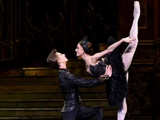 Live Cinema Ballet - Swan Lake
